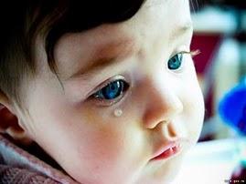 O mundo está cheio de órfãos. Órfãos de pais, de filhos, de afeto, de atenção... órfãos de tudo!!